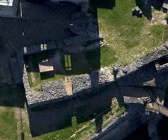 Luftansicht der Grundmauern der ehemaligen Küche der Hochburg bei Emmendingen