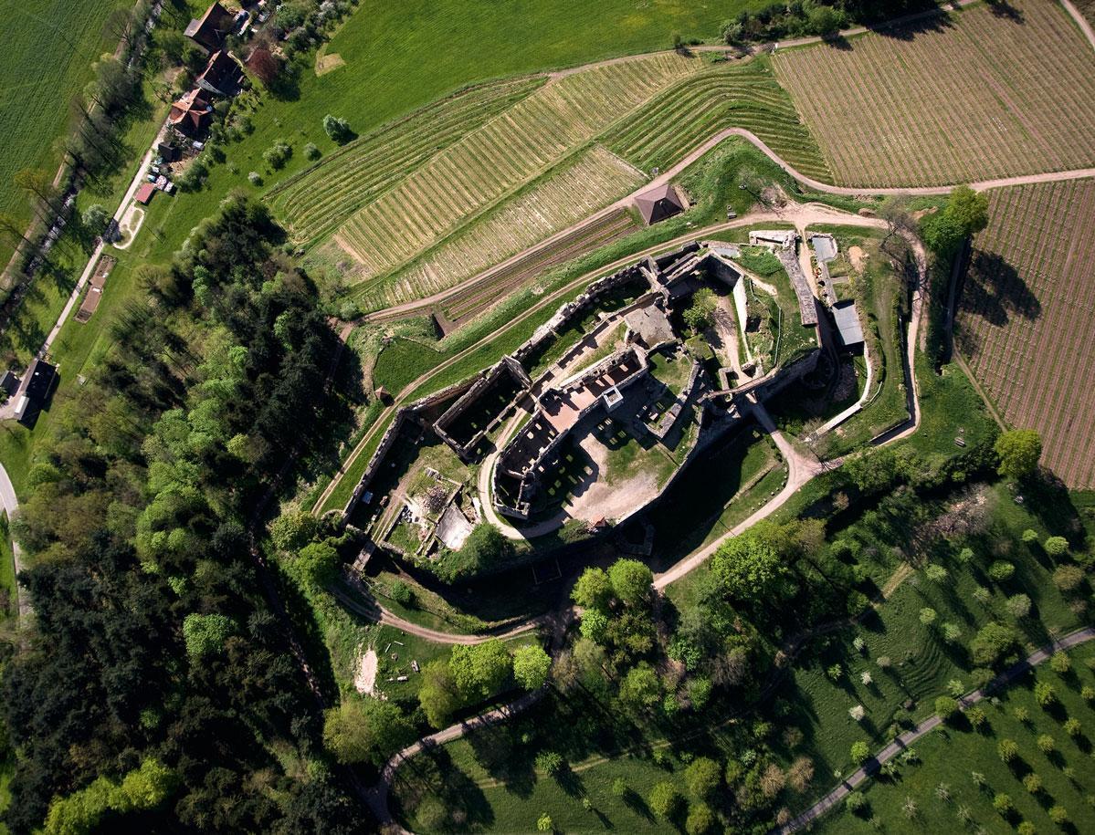 Die Hochburg von oben; Foto: Staatliche Schlösser und Gärten Baden-Württemberg, Achim Mende