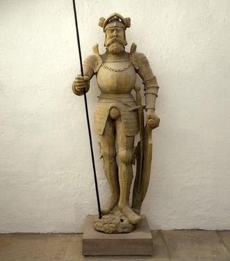 Lebensgroße Skulptur von Markgraf Karl II. von Baden-Durlach; Foto: Landesmedienzentrum Baden-Württemberg, Andrea Rachele