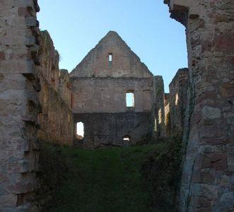 Luftansicht auf die Reste des Herbsthauses der Hochburg bei Emmendingen